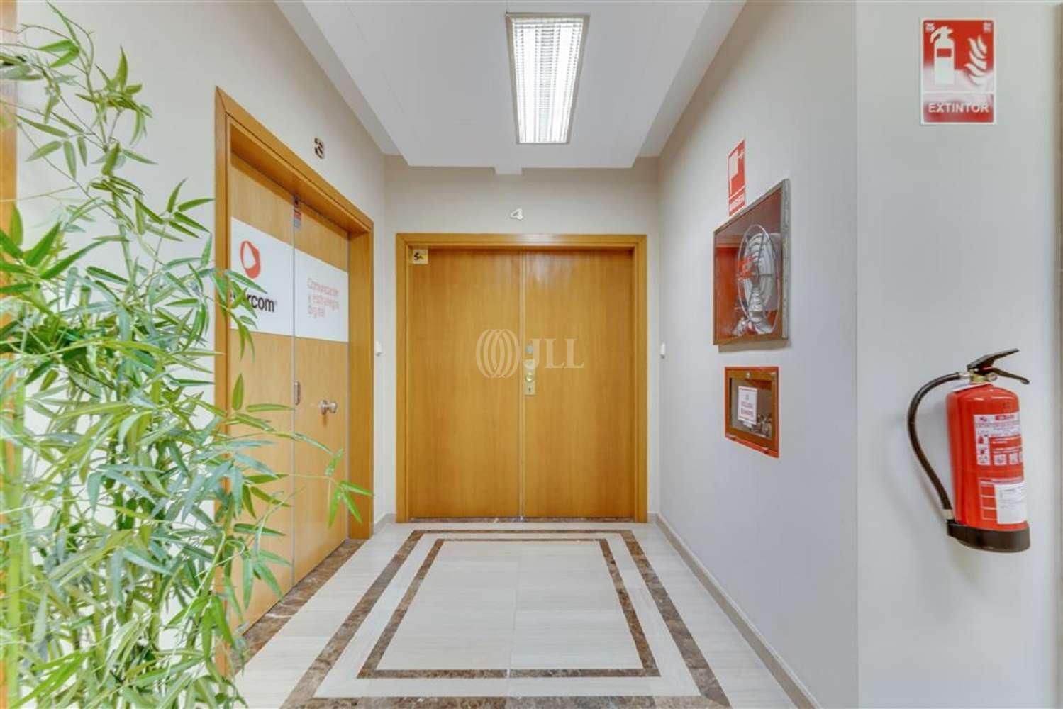Oficina Barcelona, 08010 - GRAN VIA DE LES CORTS CATALANES 680 - 19621