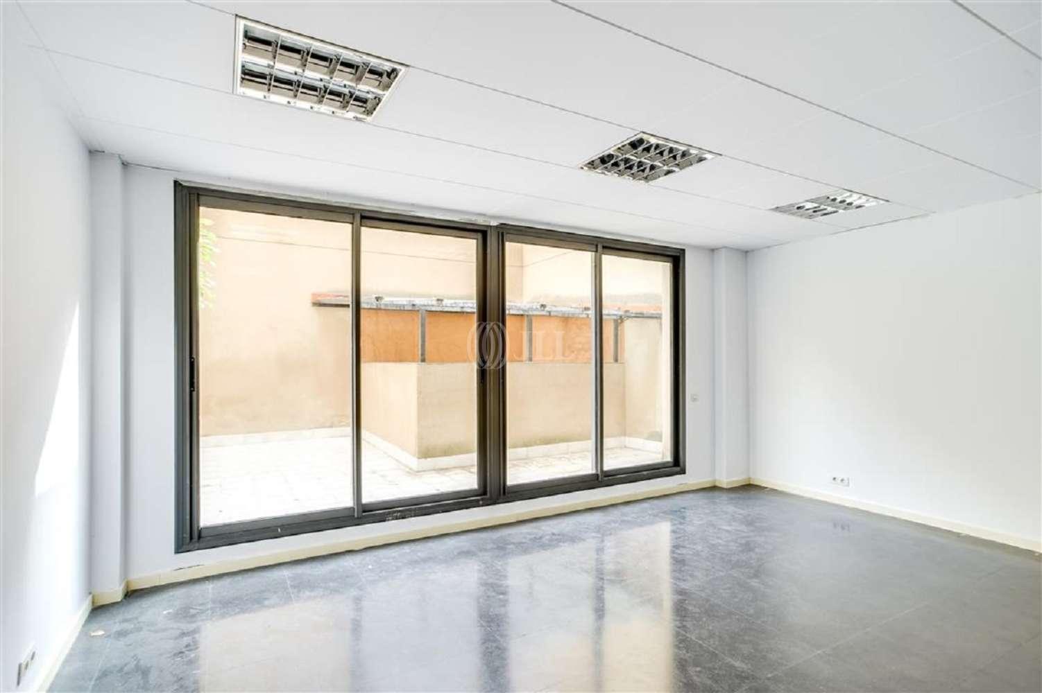 Oficina Barcelona, 08015 - VILADOMAT 134 - 20001