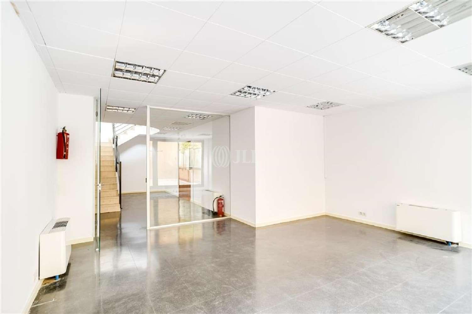 Oficina Barcelona, 08015 - VILADOMAT 134 - 20017