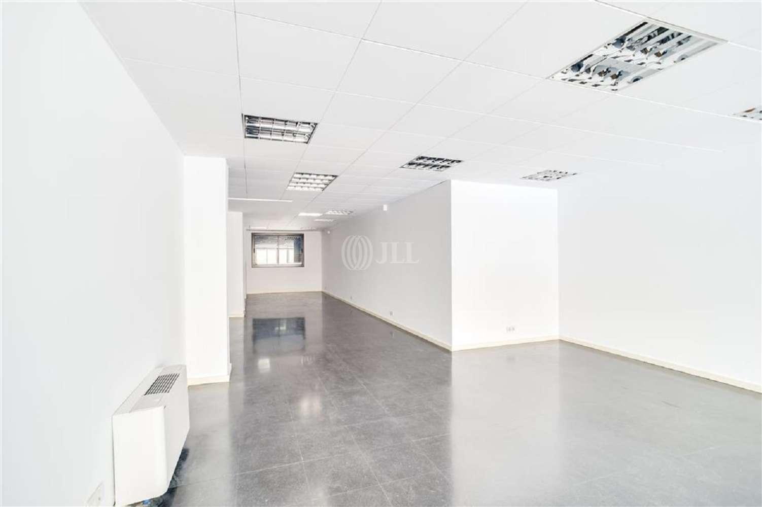 Oficina Barcelona, 08015 - VILADOMAT 134 - 20019