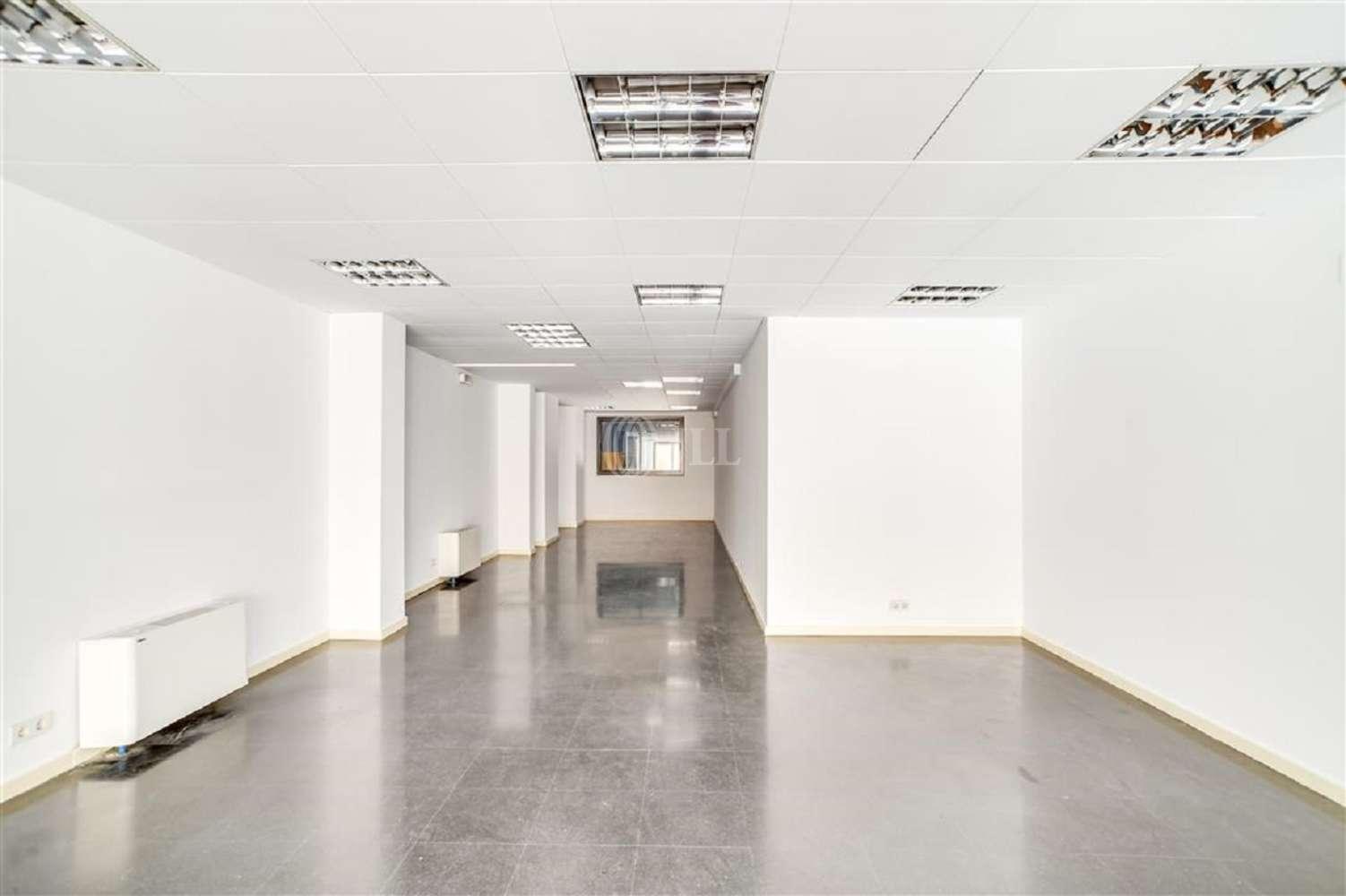 Oficina Barcelona, 08015 - VILADOMAT 134 - 20023