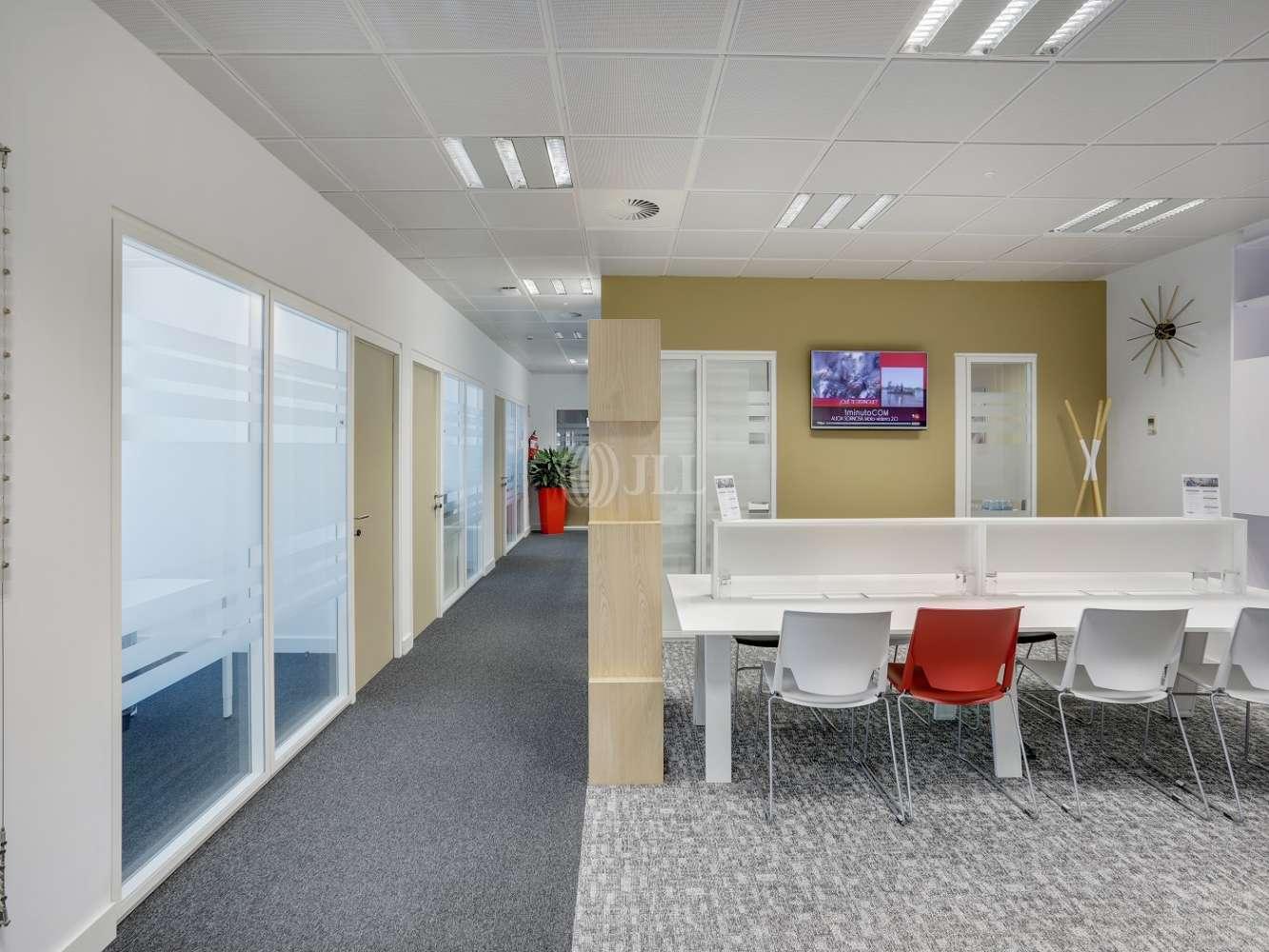 Oficina Madrid, 28050 - Coworking - FUENTE DE LA MORA 9 - 20243