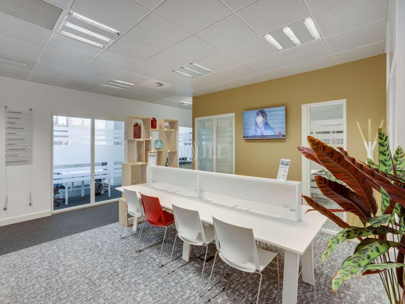 Oficina Madrid, 28050 - Coworking - FUENTE DE LA MORA 9 - 20246