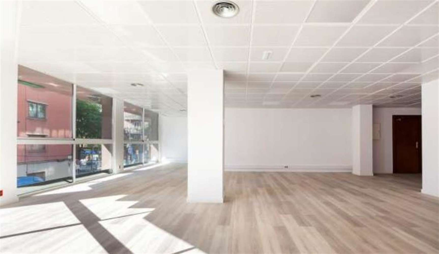 Oficina Barcelona, 08027 - MARAGALL 120 - 11244