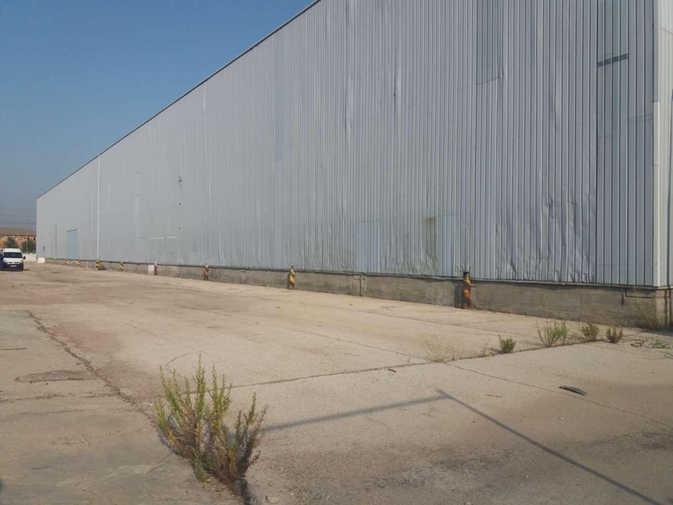 Naves industriales y logísticas Madrid, 28021 - Nave Industrial - M0319 NAVE INDUSTRIAL EN VENTA VILLAVERDE - 8713