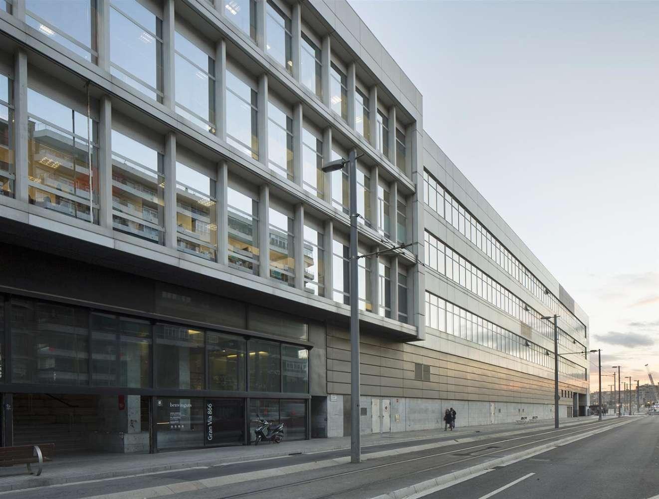 Oficina Barcelona, 08018 - GRAN VIA DE LES CORTS CATALANES 866 - 9728