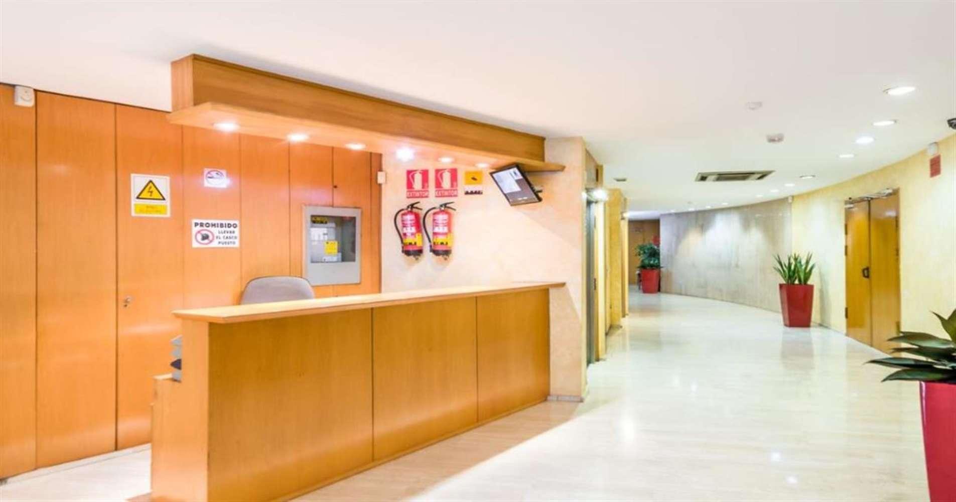 Oficina Barcelona, 08036 - COMTE D'URGELL 143 - 12176