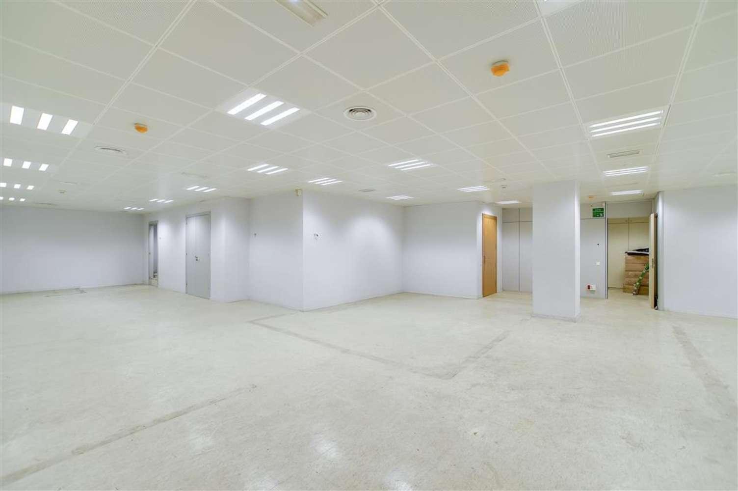 Oficina Barcelona, 08010 - GRAN VIA DE LES CORTS CATALANES 680 - 13013