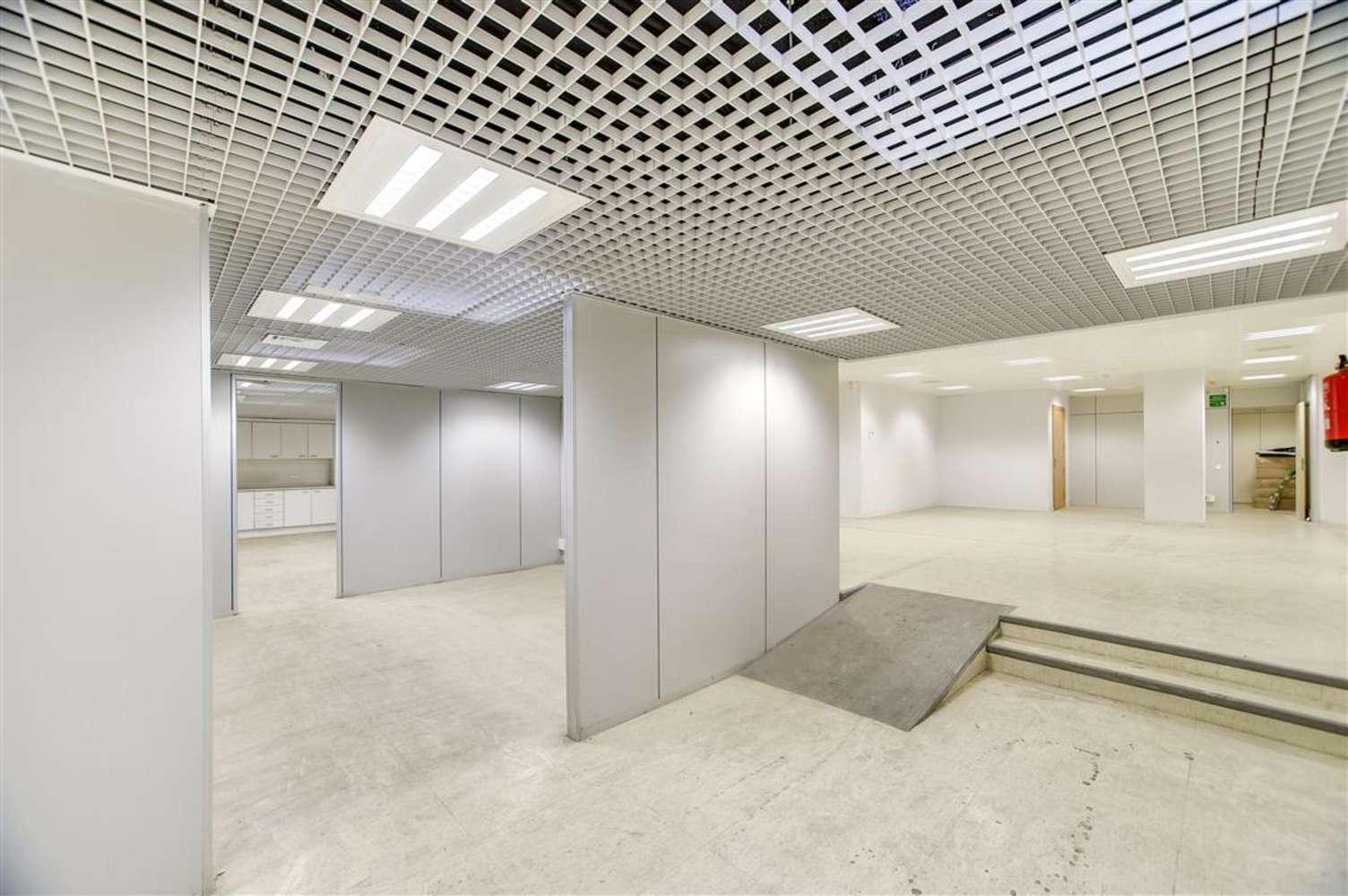 Oficina Barcelona, 08010 - GRAN VIA DE LES CORTS CATALANES 680 - 13015