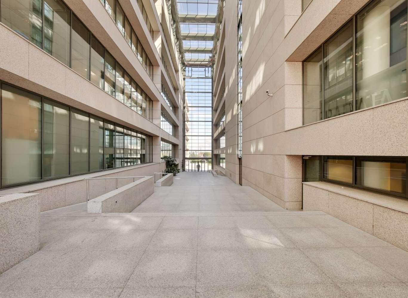 Oficina Madrid, 28050 - Edificio 2 - 13720