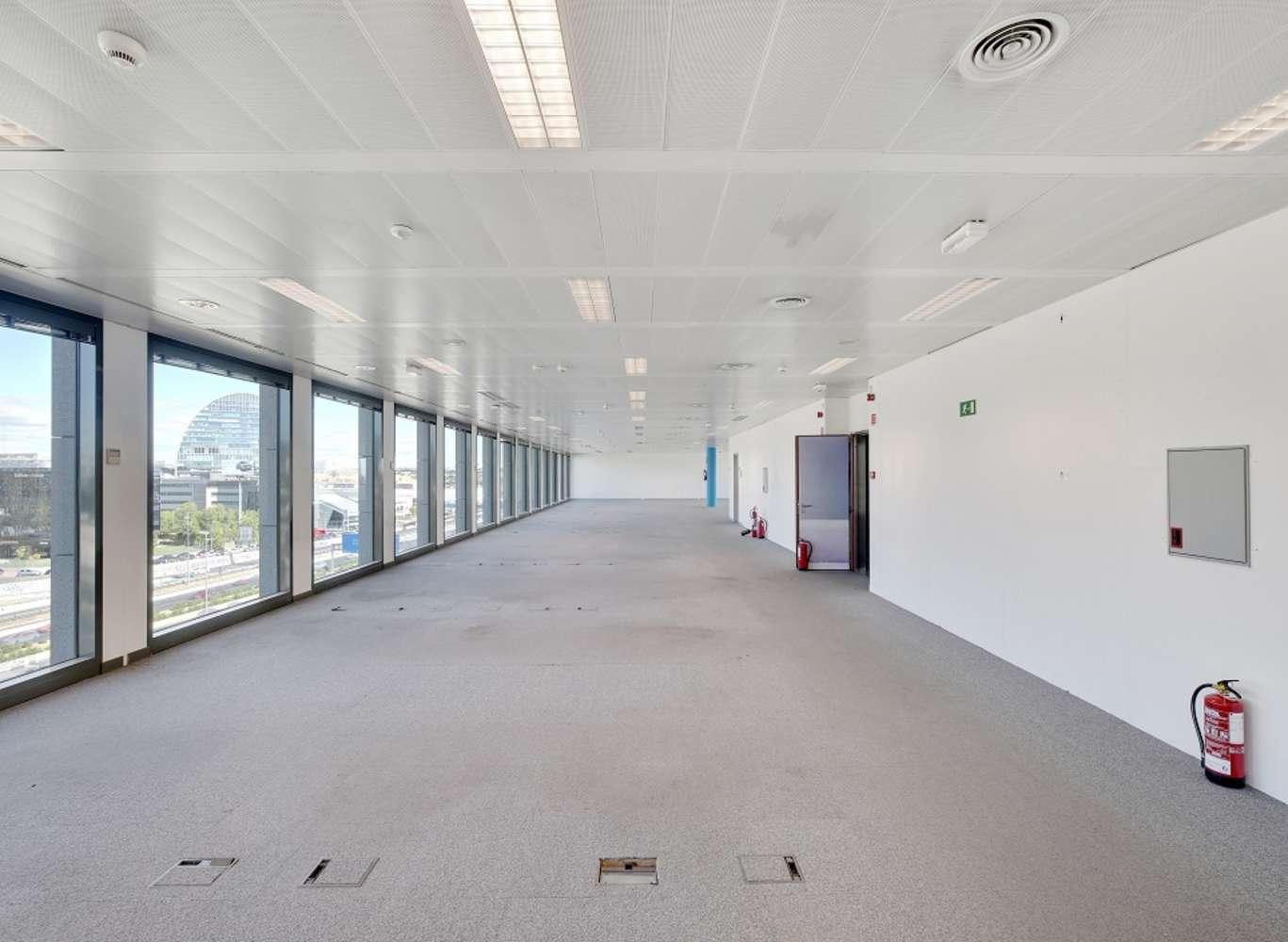 Oficina Madrid, 28050 - Edificio 3 - 13737