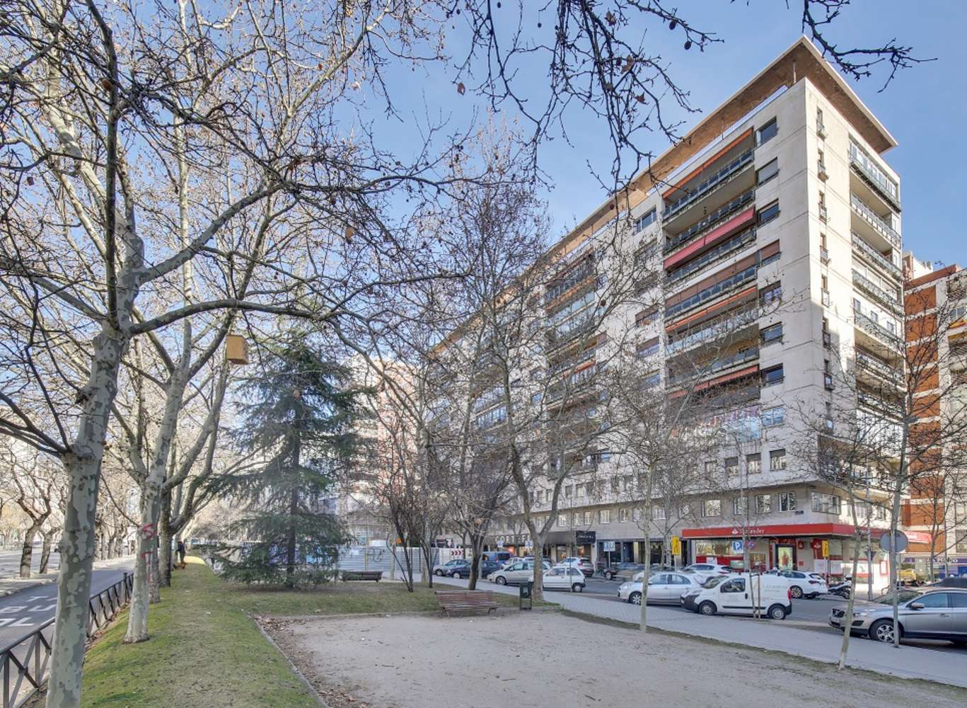 Oficina Madrid, 28046 - LA CASTELLANA 182-184 - 14220
