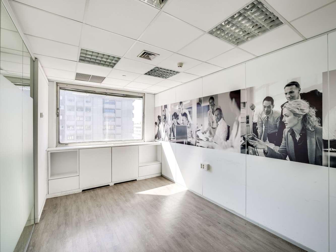 Oficina Madrid, 28020 - ORENSE 58 - 14897