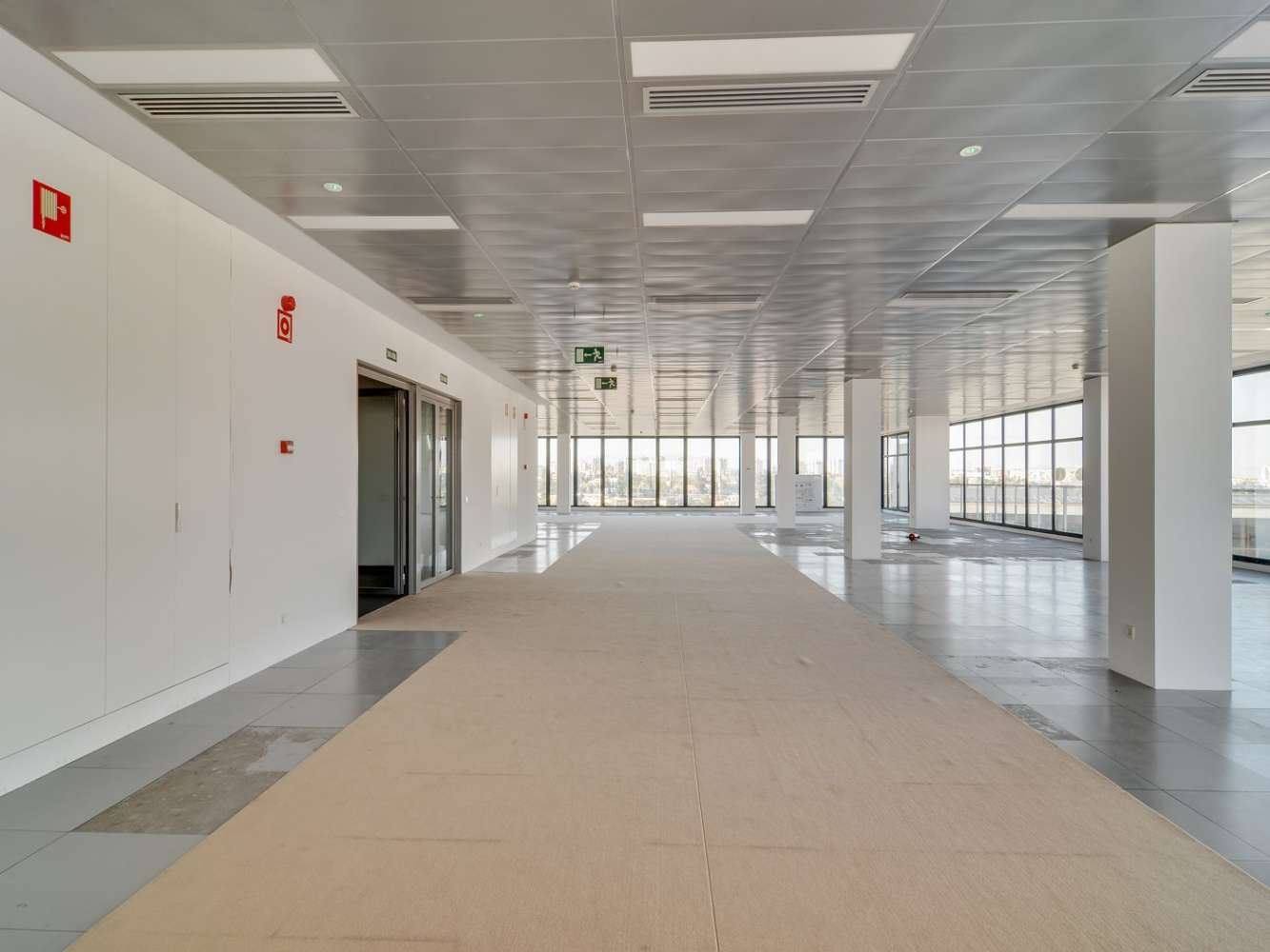 Oficina Madrid, 28027 - JUAN IGNACIO LUCA DE TENA 6 - 15023