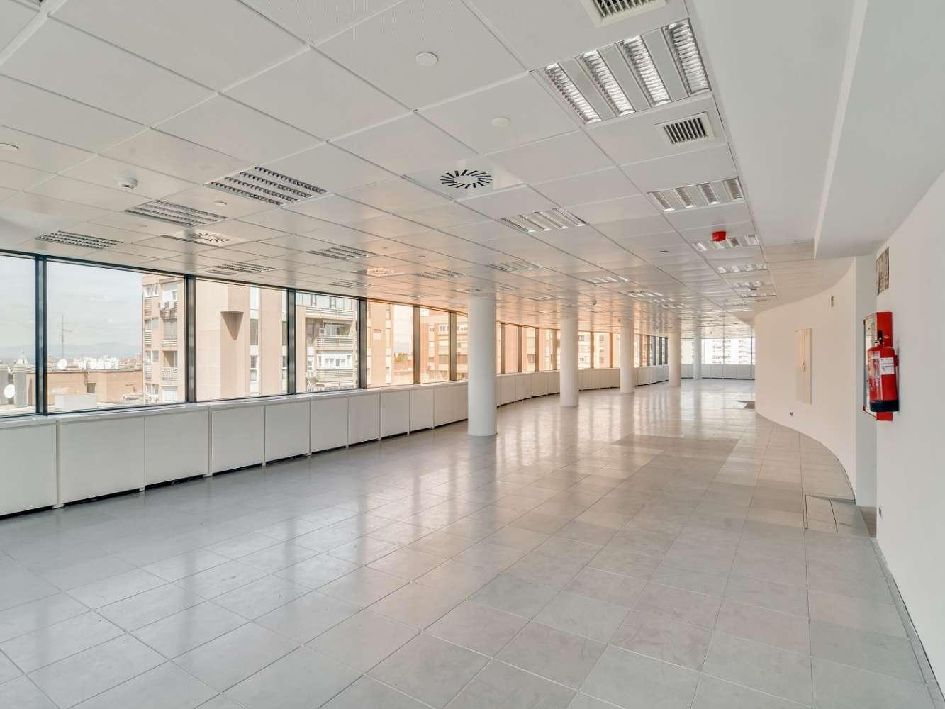 "Oficina Madrid, 28020 - ""ALFREDO MAHOU"" - 15580"