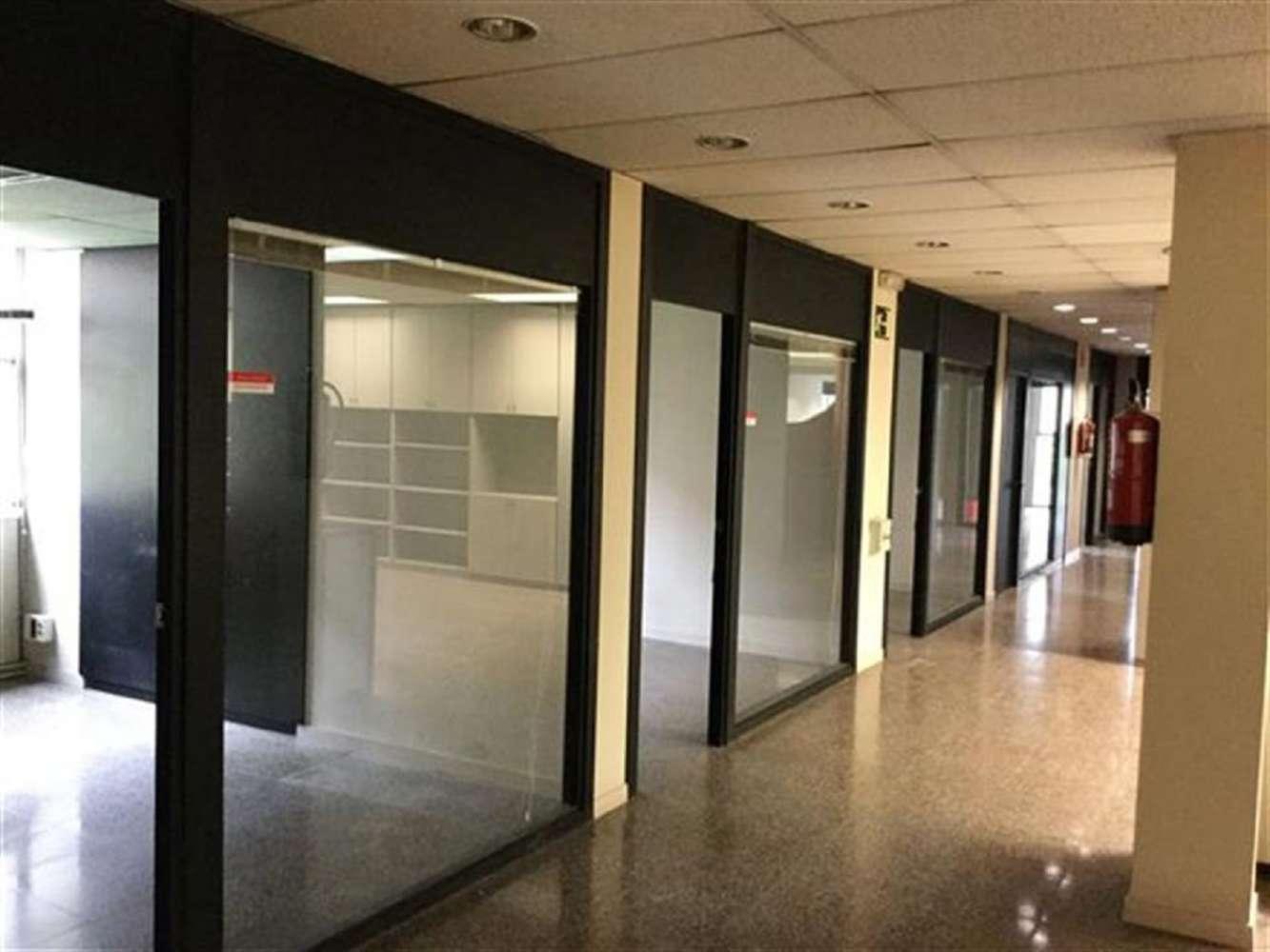 Oficina Barcelona, 08025 - PROVENÇA 382 - 16331