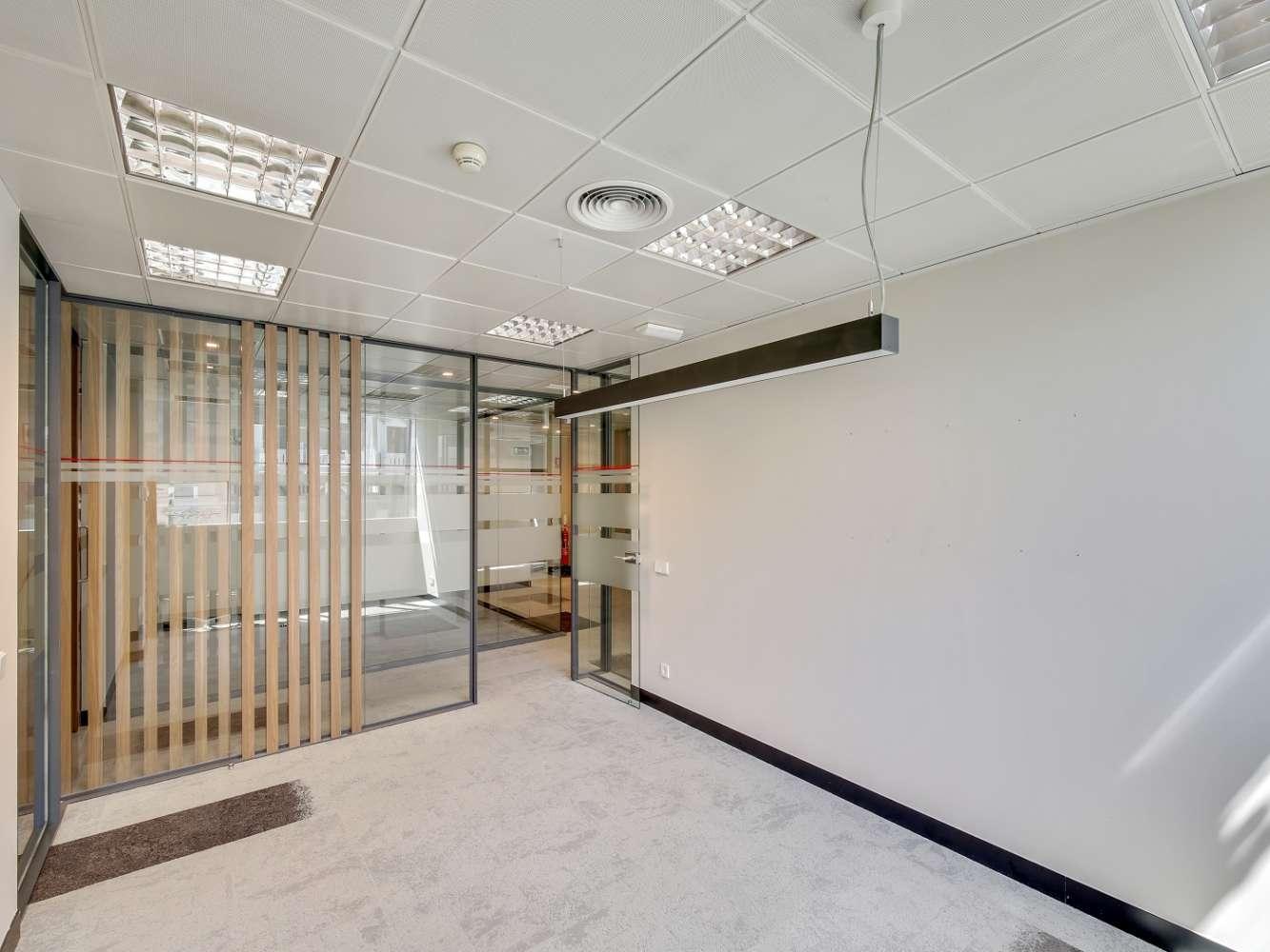Oficina Madrid, 28010 - MIGUEL ANGEL 11 - 16453
