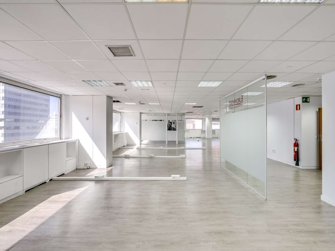 Oficina Madrid, 28020 - ORENSE 58 - 14891