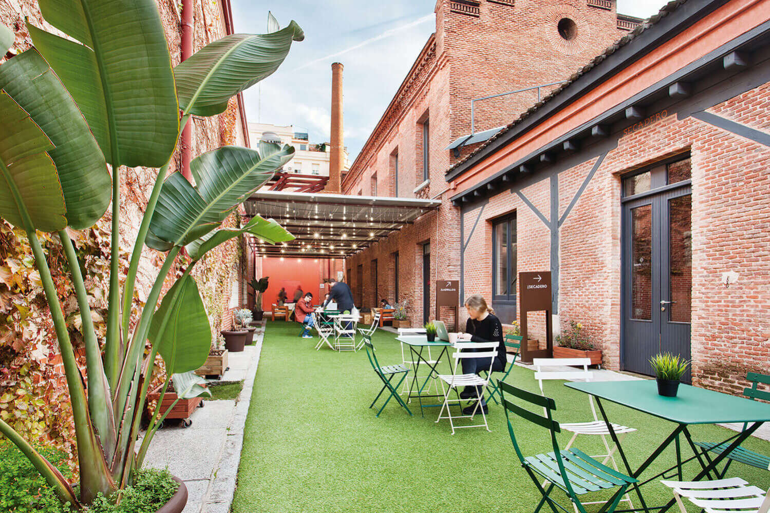 Oficina Madrid, 28014 - Coworking - LOOM TAPICES - 16670