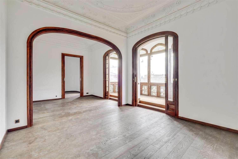 Oficina Barcelona, 08007 - GRACIA 6 - 17149