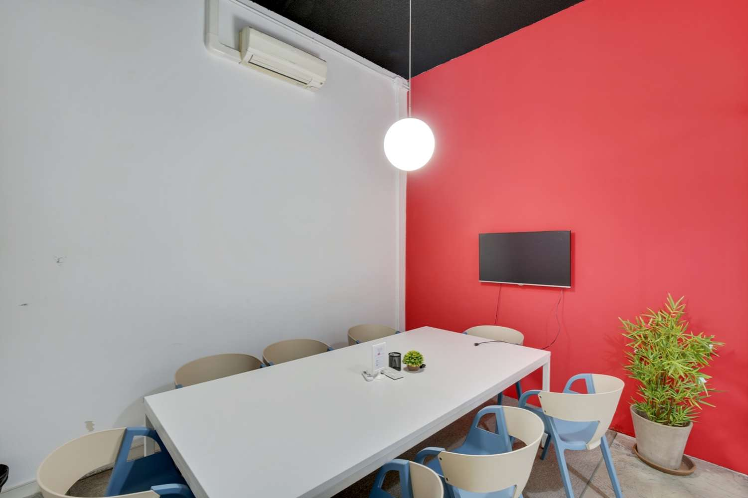 Oficina Madrid, 28014 - Coworking - LOOM TAPICES - 17815