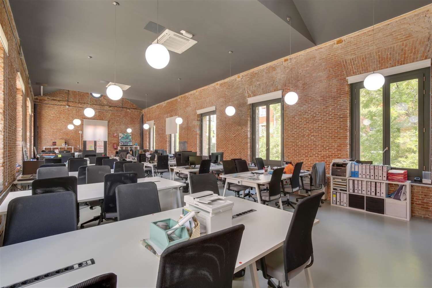 Oficina Madrid, 28014 - Coworking - LOOM TAPICES - 17818