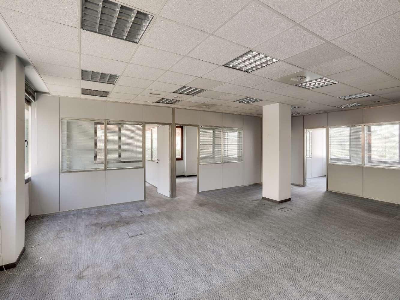Oficina Madrid, 28035 - CARDENAL HERRERA ORIA 383 - 18174