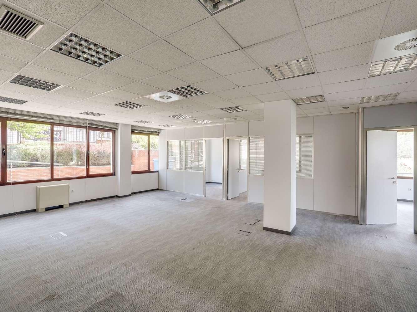 Oficina Madrid, 28035 - CARDENAL HERRERA ORIA 383 - 18179