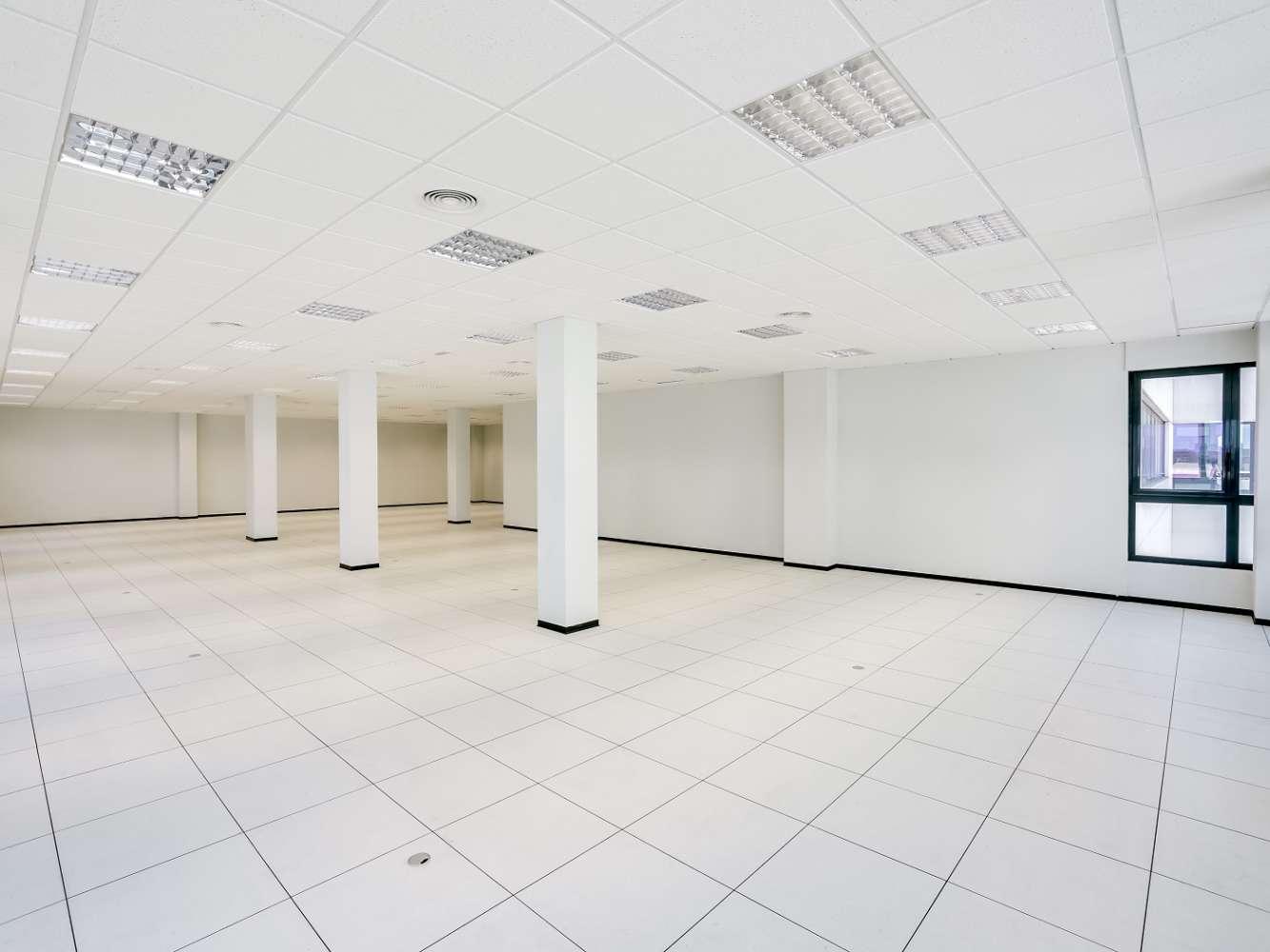 Oficina Madrid, 28031 - Edif 4 - 18382