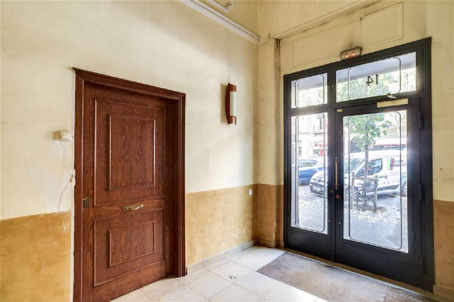 Oficina Barcelona, 08010 - SANT PERE 14 - 18473