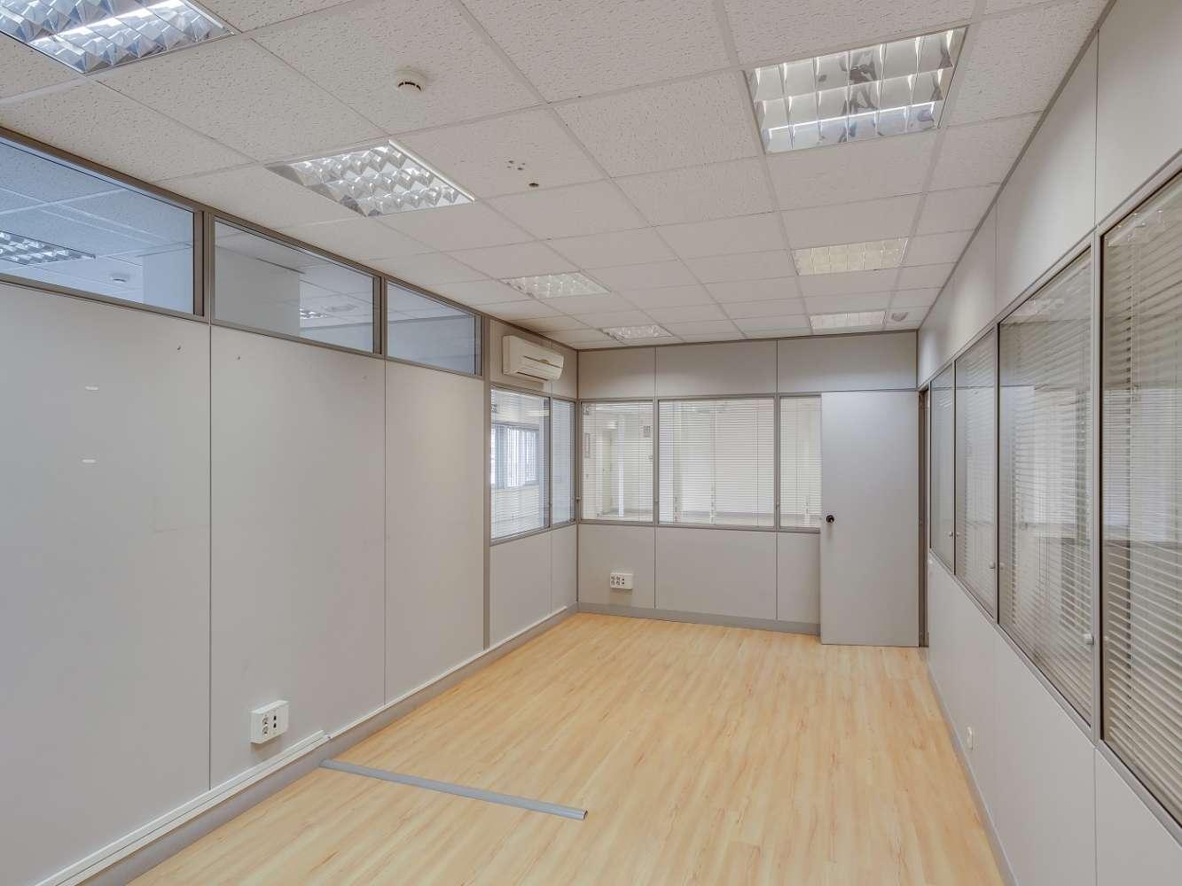 Oficina Madrid, 28046 - LA CASTELLANA 182-184 - 18605