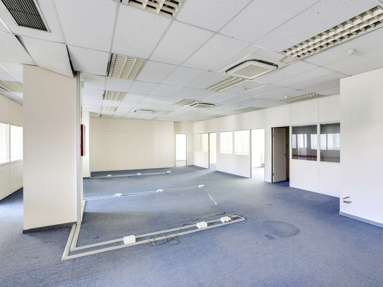 Oficina Madrid, 28042 - SAN SEVERO 30 - 19017