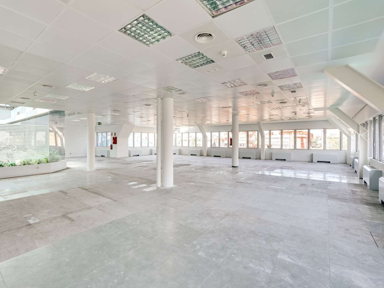 Oficina Madrid, 28027 - JOSEFA VALCARCEL 3 - 20704