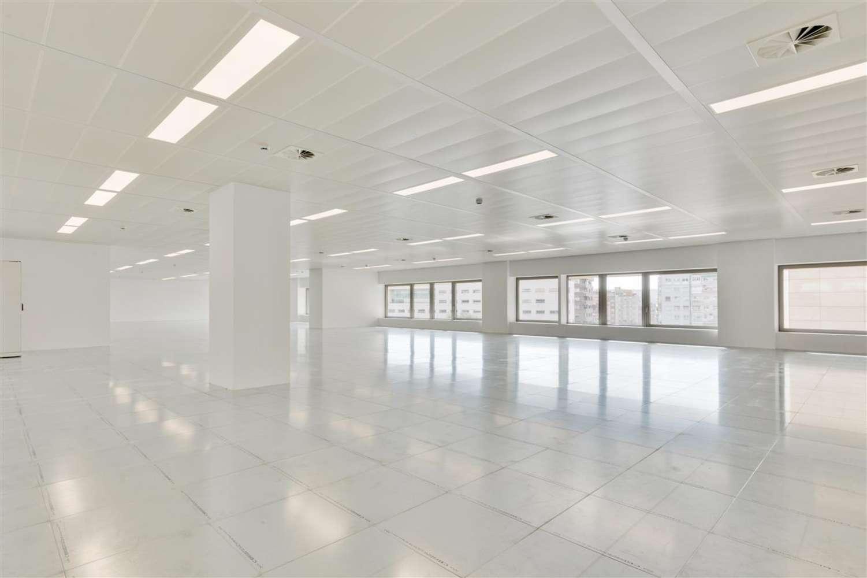 Oficina Barcelona, 08029 - L´Illa - 21166