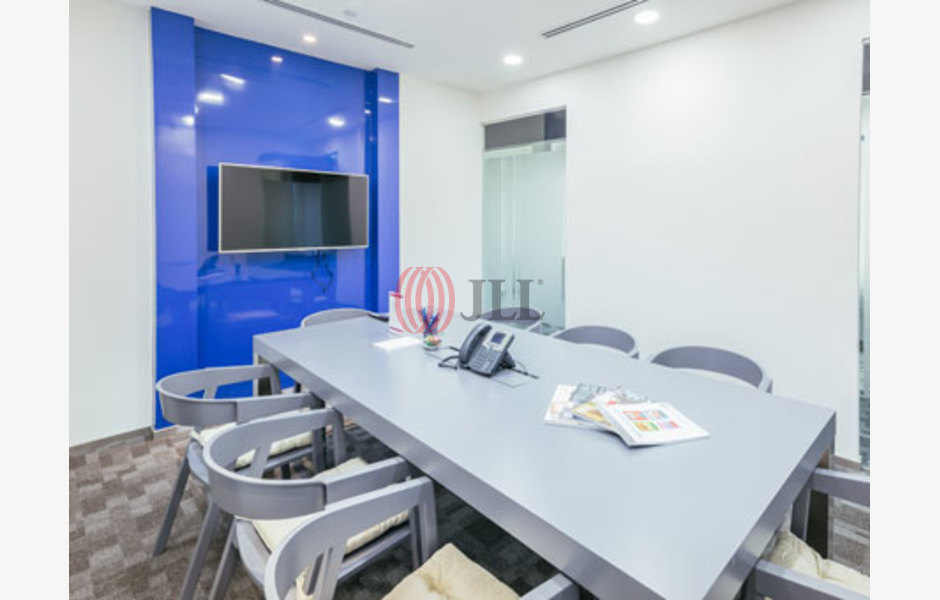 Regus-HarbourFront-Tower-One-Serviced-Office-for-Lease-SGD-FLP-207-SEAOLM-FlexiSpace-PropertyID-207_Regus-HarbourFront_Tower_One_Building_1