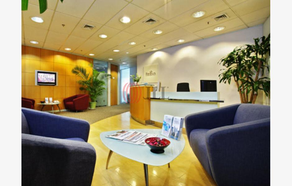 Regus-Saigon-Tower-Serviced-Office-for-Lease-VNM-FLP-230-SEAOLM-FlexiSpace-PropertyID-230_Regus_-_Saigon_Tower_Building_1