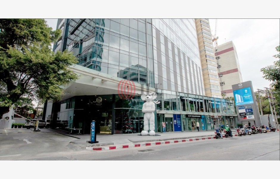 Major-Tower-Thonglor-Office-for-Lease-THA-P-0015ZR-Major-Tower-Thonglor_20210909_39d60965-d630-e711-8106-e0071b716c71_001