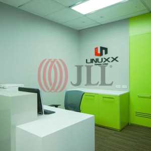 Linuxx-Serm-Mit-Tower-Serviced-Office-for-Lease-THA-FLP-42-SEAOLM-FlexiSpace-PropertyID-42_Linuxx-Serm-Mit_Tower_Building_1