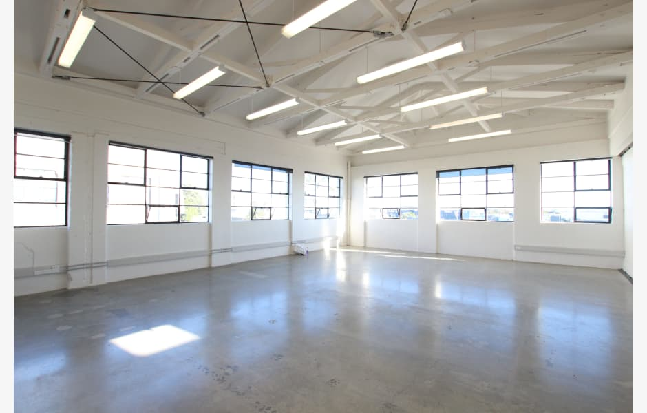 Level-1,-317-319-New-North-Road-Office-for-Lease-4223-9b036495-4bae-485b-81cd-dff60080259e_m