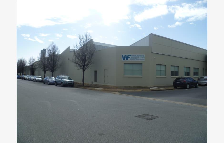 8-10-Bray-Avenue-Office-for-Lease-4236-9dd7fb14-c5f4-4e33-8812-530ca5b28633_M