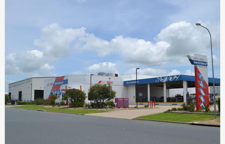 45-51-Maggiolo-Drive-Office-for-Sale-5085-2b4cf3eb-9a17-415c-9ce9-2a7241bd6352_M