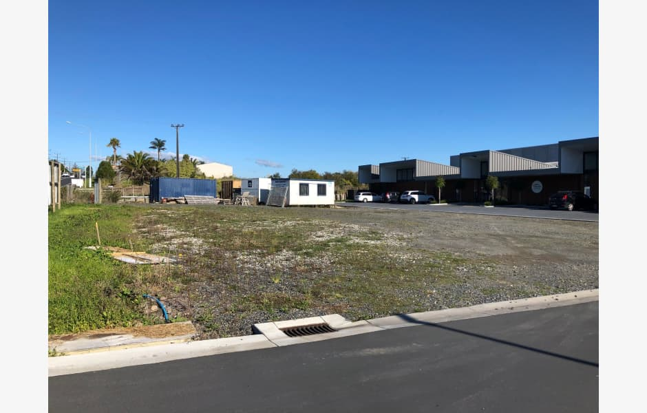 102-Hobsonville-Road-Office-for-Lease-5873-a3b59cc0-b1aa-4c4f-ae35-20dc377dcb96_g