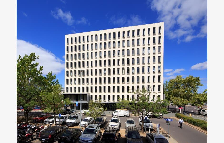 10-Hobart-Place-Office-for-Expressions-of-Interest-7074-j22p4m6p3pdk1bjbhdqr_01-Heroexternal-DMC_6035