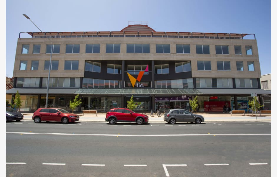 Tuggeranong-Innovation-Centre-Office-for-Lease-8338-97c62170-aab8-422b-9150-43f0dad74353_M