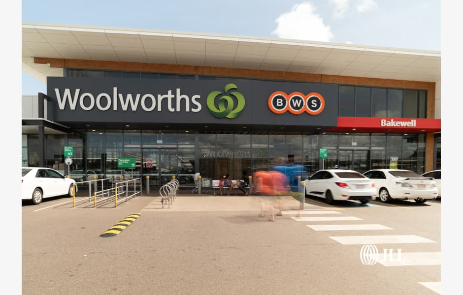 Woolworths-Bakewell-Office-for-Sold-7326-j2niaos5vhjaxrxra6hj_JLL_BakewellShoppingCentre_Image
