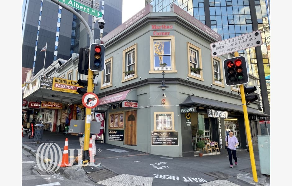 57-Victoria-Street-Office-for-Lease-7669-fbb93846-f330-4982-9e8d-539b401d35a0_m