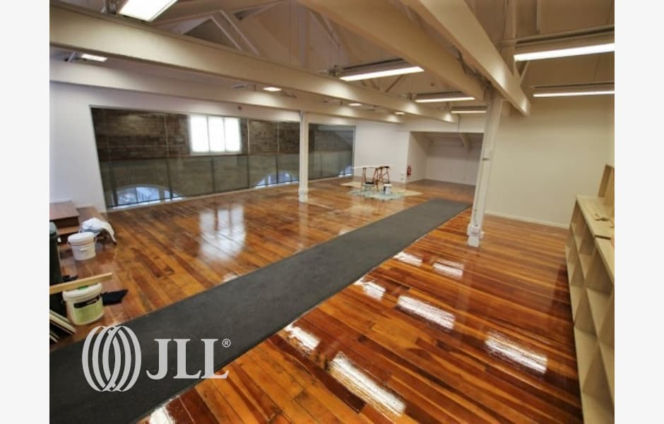 Cathedral-House-Office-for-Lease-2719-0244610d-aaa5-4505-afa3-f075127c55d2_m