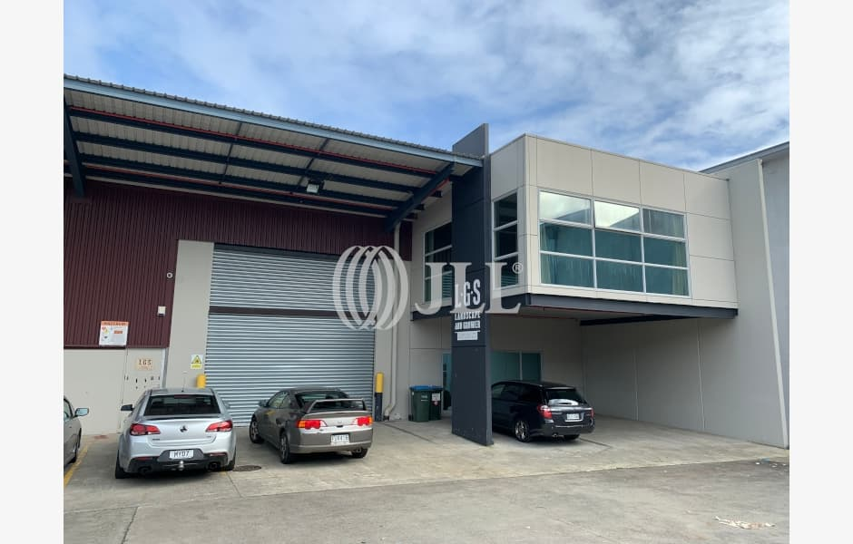 6-Westfield-Place-Office-for-Lease-7532-880219bc-19a9-47b2-afdd-2394002313c4_m