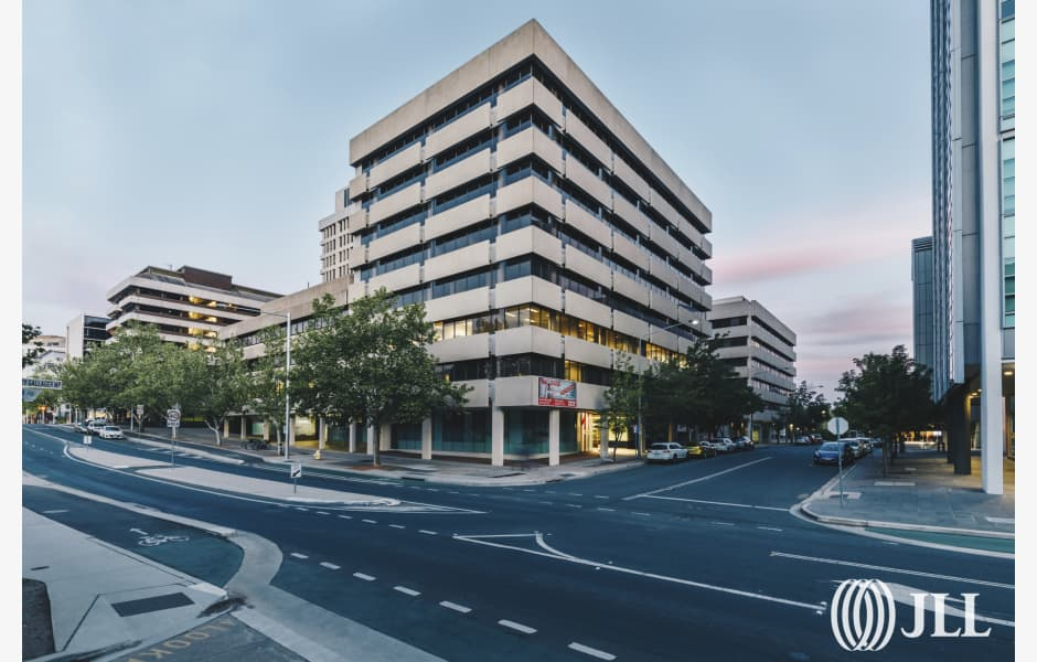 1-Farrell-Place-Office-for-Lease-8680-8eaa951f-e0e4-400a-bd9d-ad89d40aff05_1FarrellPlace%283%29
