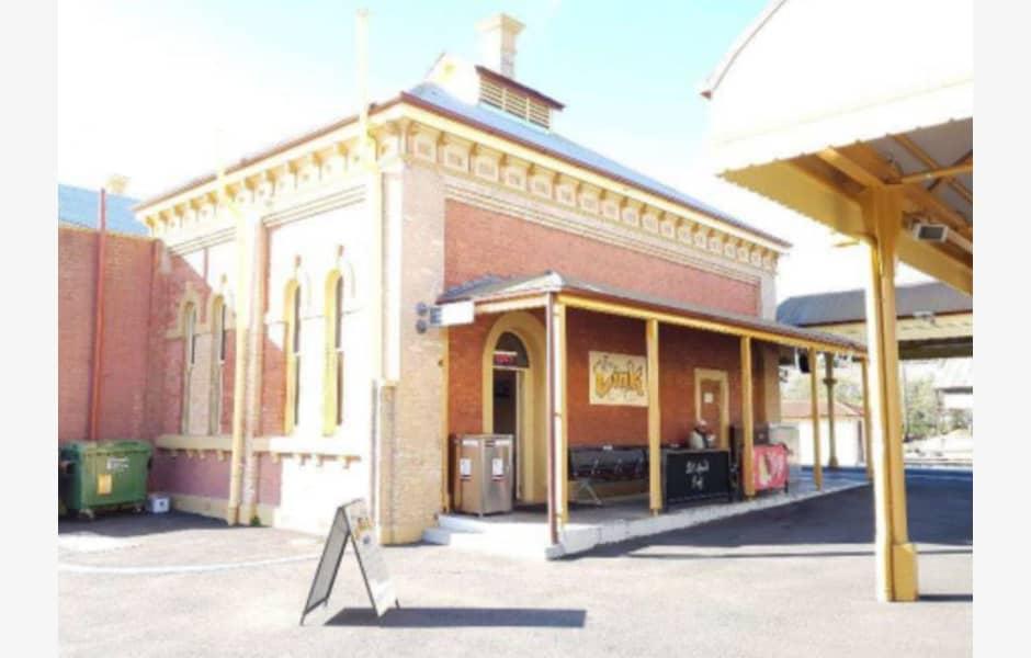Cafeteria/Kiosk,-Southern-Pavilion,-Albury-Railway-Station-Office-for-Lease-9155-82bcc293-a4b0-4d8d-9e55-0c2ebfa65a2a_M